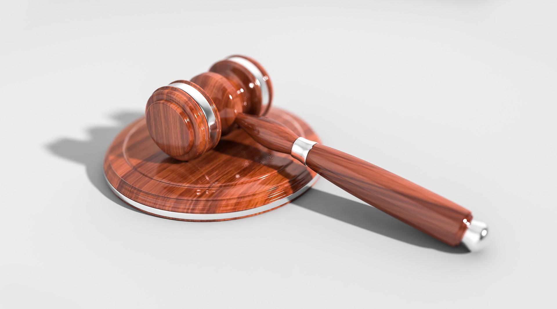 Labores de un traductor jurado